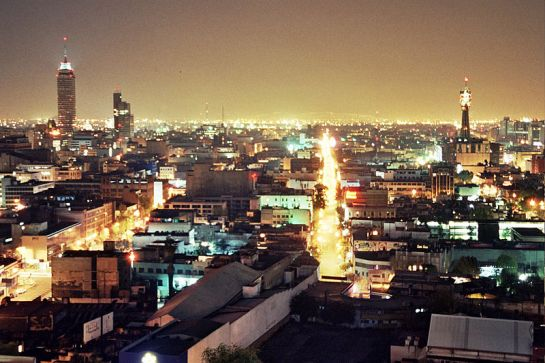 800px-México_City_at_Night_2005